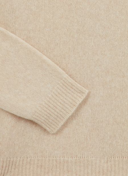 Roll Neck in Baby Camel Roberto Collina